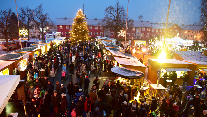 """Maxhütter Weihnachtsmarkt, """"wo Weihnachten ein Zuhause hat!"""""""