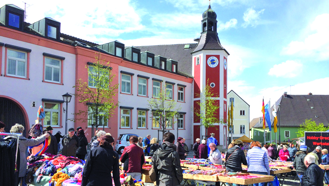"Burglengenfeld: Marktsonntag ""light"" mit verkaufsoffenem Sonntag"